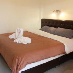 Отель Barefeet Naturist Resort 3* Номер Делюкс с двуспальной кроватью