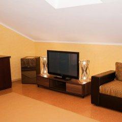 Гостиница Губерния 3* Улучшенный семейный номер разные типы кроватей