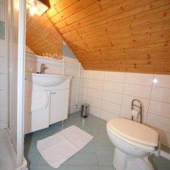 Отель Gostilna Šurc Словения, Средня Вас в Бохине - отзывы, цены и фото номеров - забронировать отель Gostilna Šurc онлайн ванная