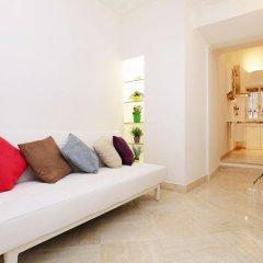 Отель Romantique Apartment Италия, Рим - отзывы, цены и фото номеров - забронировать отель Romantique Apartment онлайн комната для гостей фото 2