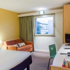 Отель ibis Porto Sao Joao 2* Улучшенный номер с различными типами кроватей фото 5
