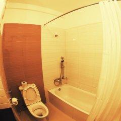 Отель Waterfront by KGH Group Непал, Покхара - отзывы, цены и фото номеров - забронировать отель Waterfront by KGH Group онлайн ванная