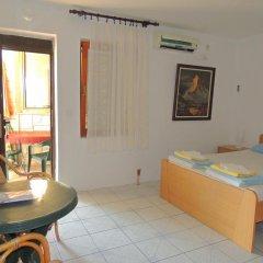 Отель Rooms Villa Desa 3* Стандартный номер с различными типами кроватей фото 10