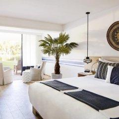 Отель LUX* Grand Gaube 5* Улучшенный номер с различными типами кроватей фото 5