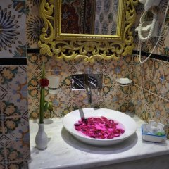 Hôtel Royal Victoria in Tunis, Tunisia from 86$, photos, reviews - zenhotels.com in-room dining