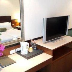 Boulevard Hotel Bangkok 4* Улучшенный семейный номер с разными типами кроватей фото 8