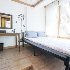Отель Hi Jun Guesthouse Hongdae комната для гостей фото 4