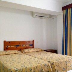 Отель Apartamentos Llevant удобства в номере