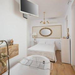 Отель Penthouse Suites Gold удобства в номере