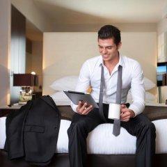 Отель Centro Barsha by Rotana Стандартный номер с различными типами кроватей фото 3