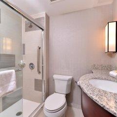 Отель Holiday Inn New York City - Times Square 3* Стандартный номер с различными типами кроватей фото 10