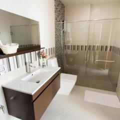 Отель Casalunar Paradiso Condo By Kt Таиланд, Чонбури - отзывы, цены и фото номеров - забронировать отель Casalunar Paradiso Condo By Kt онлайн ванная