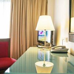 Отель Novotel Bangkok On Siam Square 4* Улучшенный номер с различными типами кроватей фото 16