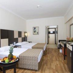 Отель Aydinbey Famous Resort Богазкент комната для гостей фото 4