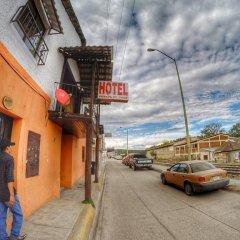 Hotel La Posada Santa Cruz парковка