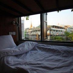 Bangkok Story - Hostel Кровать в женском общем номере с двухъярусной кроватью