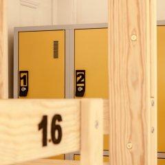 Nest House Lisbon Hostel Кровать в общем номере фото 4