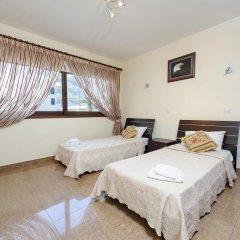 Отель Fig Tree Bay Villa 6 Кипр, Протарас - отзывы, цены и фото номеров - забронировать отель Fig Tree Bay Villa 6 онлайн комната для гостей фото 3