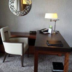 Отель Fairmont Singapore 5* Номер Премьер фото 6