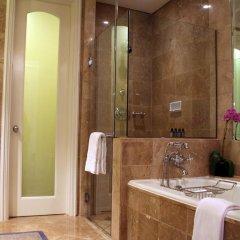 Four Seasons Hotel Singapore 5* Улучшенный номер с различными типами кроватей фото 5