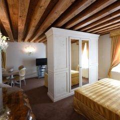 Hotel Ai Reali di Venezia 4* Стандартный номер с различными типами кроватей фото 5