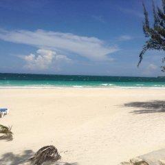 Отель Donway, A Jamaican Style Village Ямайка, Монтего-Бей - отзывы, цены и фото номеров - забронировать отель Donway, A Jamaican Style Village онлайн пляж фото 2