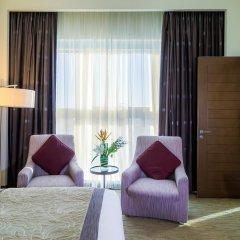 Отель Grand Millennium Al Wahda 5* Улучшенный номер с различными типами кроватей фото 2
