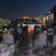 Отель Attalos Hotel Греция, Афины - отзывы, цены и фото номеров - забронировать отель Attalos Hotel онлайн бассейн