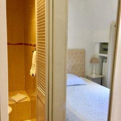 Отель Hôtel Lépante 2* Стандартный номер с различными типами кроватей фото 6