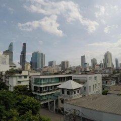 Everyday Bangkok Hostel Бангкок балкон