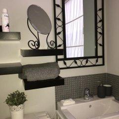 Отель Place Jourdan Petit Appartement Бельгия, Брюссель - отзывы, цены и фото номеров - забронировать отель Place Jourdan Petit Appartement онлайн ванная фото 2