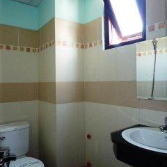 Anh Hang Hotel ванная фото 2