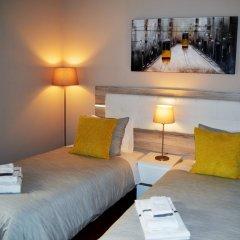 Отель Rooms Fado 3* Номер Делюкс с двуспальной кроватью