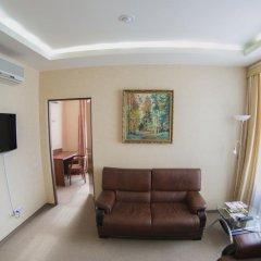 Гостиница Николь 3* Стандартный семейный номер с двуспальной кроватью фото 4