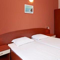 Отель Guesthouse Kirov Стандартный номер фото 30