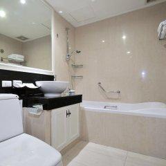 Отель Centre Point Sukhumvit 10 4* Номер Делюкс с различными типами кроватей фото 5