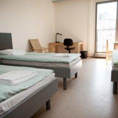 Отель Both Helsinki Кровать в мужском общем номере с двухъярусной кроватью фото 3