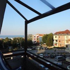 Отель Guest House Bakish Obzor Болгария, Аврен - отзывы, цены и фото номеров - забронировать отель Guest House Bakish Obzor онлайн балкон