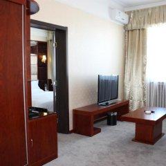 Capital Airport International Hotel 4* Люкс повышенной комфортности с различными типами кроватей фото 2