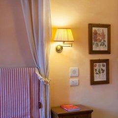 Отель Antica Dimora Firenze 3* Номер Делюкс с различными типами кроватей фото 11