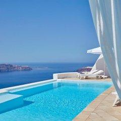 Отель Astra Suites бассейн