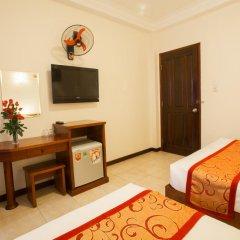 Ngoc Minh Hotel 2* Улучшенный номер с различными типами кроватей фото 3
