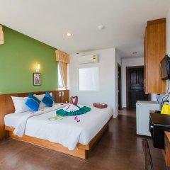 Отель Azure Bangla Phuket 3* Улучшенный номер разные типы кроватей фото 2