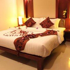 Отель Patong Hemingways 3* Улучшенный номер двуспальная кровать фото 4