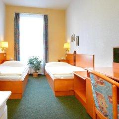 Hotel Merkur 3* Стандартный номер фото 8
