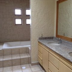 Hostel Hostalife Кровать в женском общем номере с двухъярусной кроватью фото 3