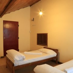 Nuwara Eliya Hostel by Backpack Lanka Стандартный номер с двуспальной кроватью (общая ванная комната) фото 4