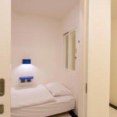 BearPacker Patong Hostel Номер Эконом с различными типами кроватей фото 7