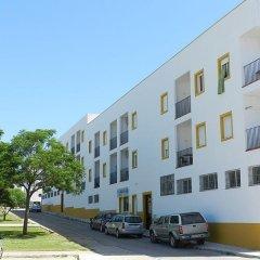 Отель Apartamentos Conil Alquila Испания, Кониль-де-ла-Фронтера - отзывы, цены и фото номеров - забронировать отель Apartamentos Conil Alquila онлайн парковка