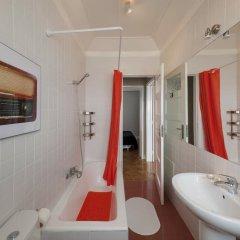 Отель Best View of Lisbon III @ Senhora do Monte, Graça, Alfama ванная фото 2